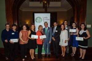 His Excellency, the Honourable Paul de jersey AC, Governor of Queensland and 2016 grant recipients